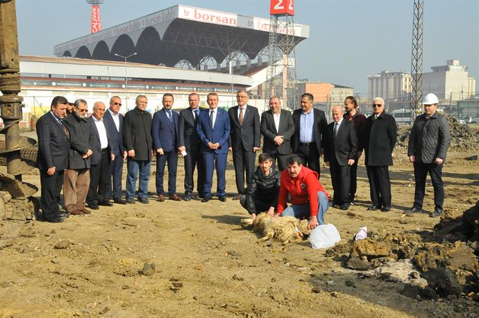 Construction of New Service Building Started
